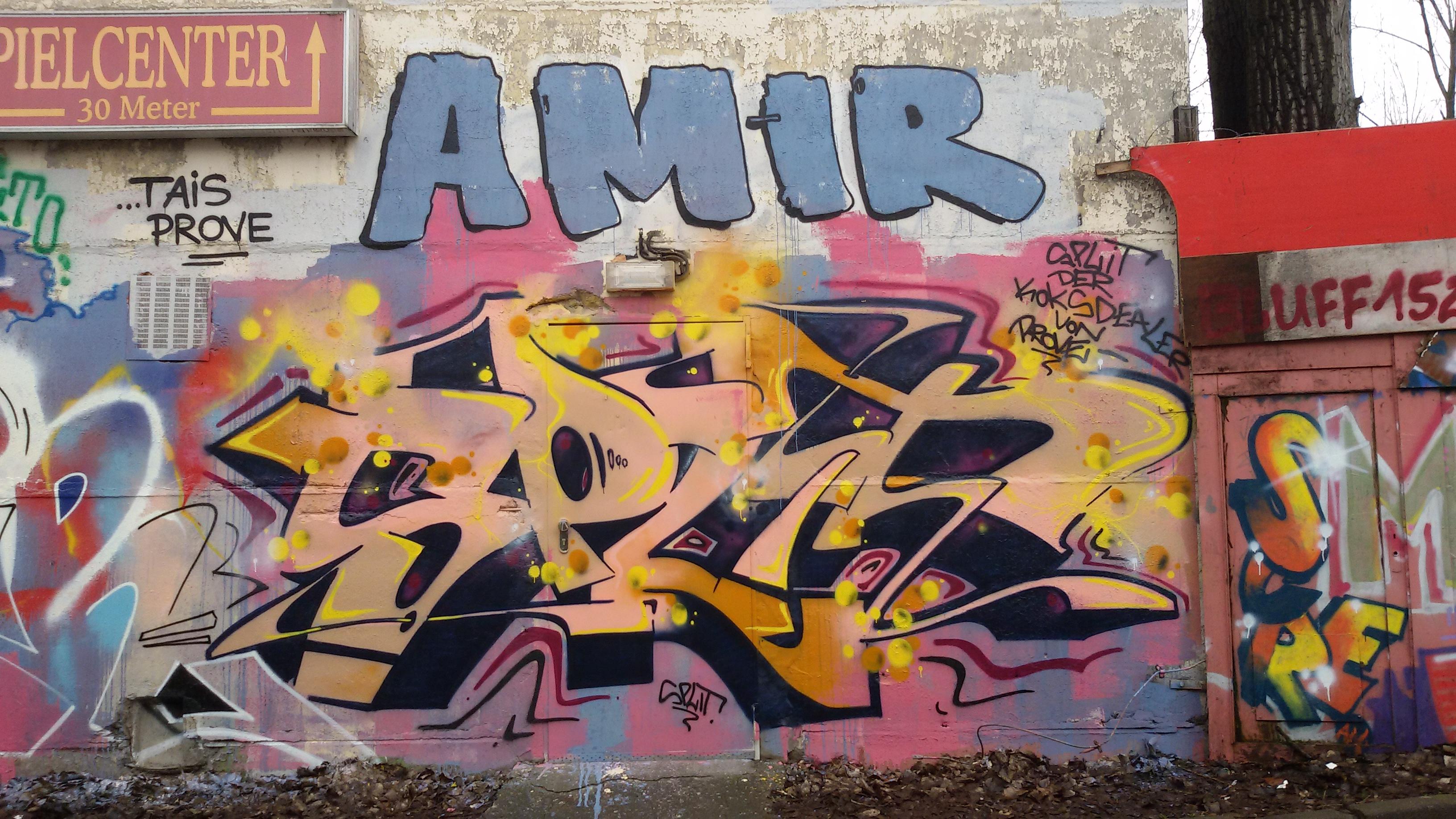SPLIT AMIR